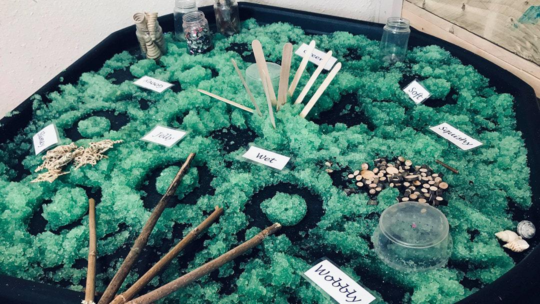 Messy play: Malleable materials for early years