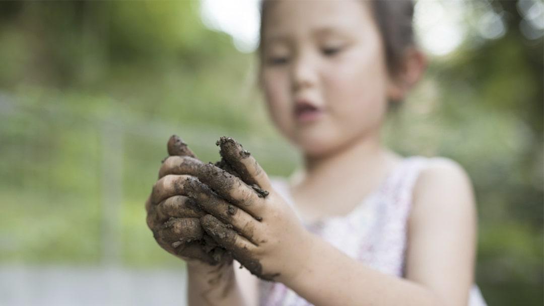 Messy play ideas using mud