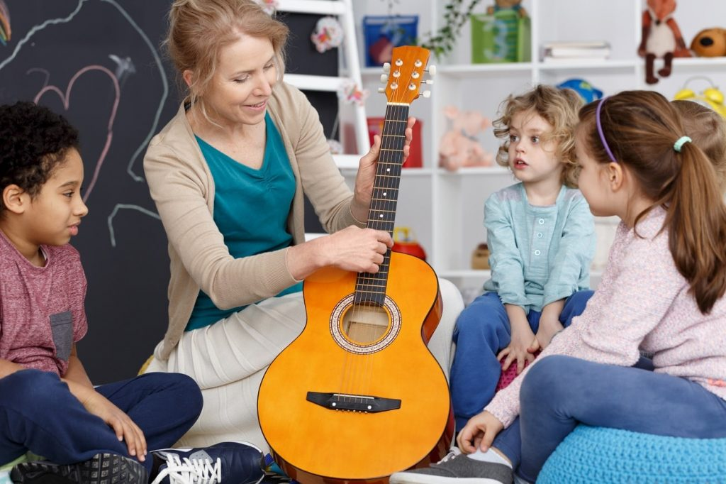 The benefits of music in the classroom, and strategies for using it