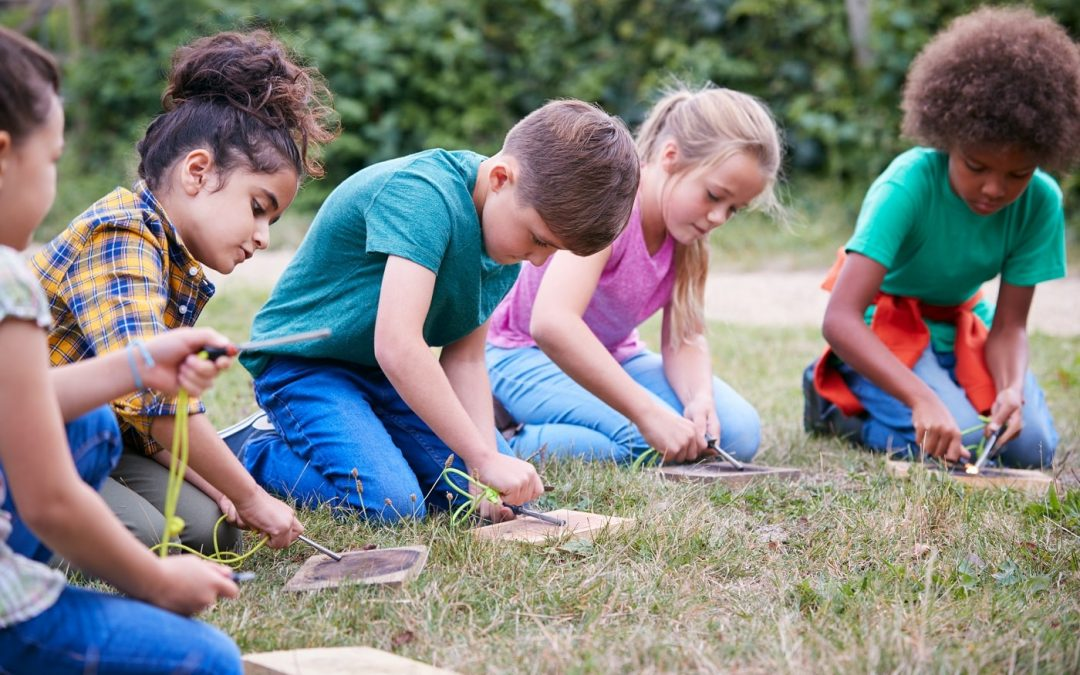 Outdoor learning activities: 57 fun and engaging ideas