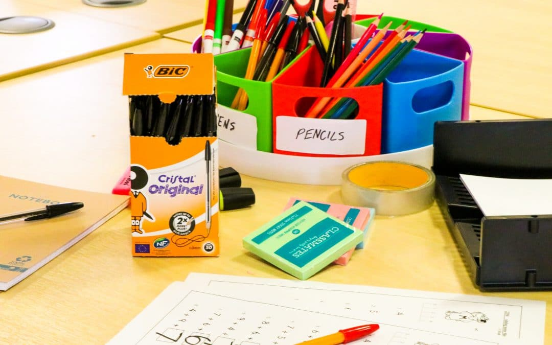 Top tips for an organised desk