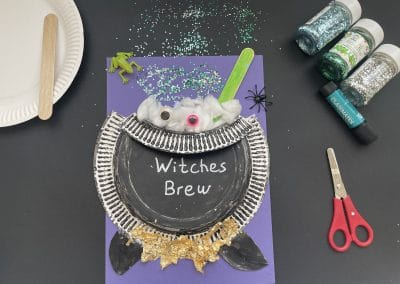 cauldron craft made out of paper plates